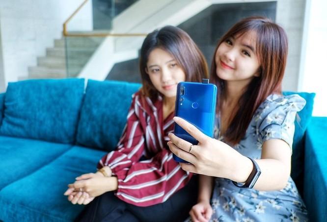 Loạt smartphone dưới 10 triệu, pin khỏe đáng chú ý ảnh 3