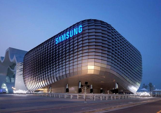 Samsung có nguy cơ mất 56% lợi nhuận do khó khăn trong kinh doanh chip bộ nhớ và smartphone ảnh 1
