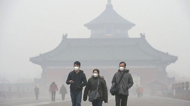 Ô nhiễm không khí ở Trung Quốc làm mờ ánh sáng, ảnh hưởng pin mặt trời ảnh 1