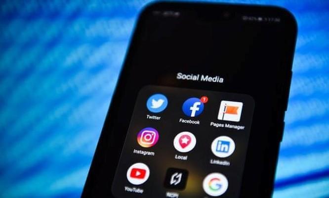 Mỹ thúc đẩy đạo luật ngăn chặn đại dịch nghiện mạng xã hội ảnh 1