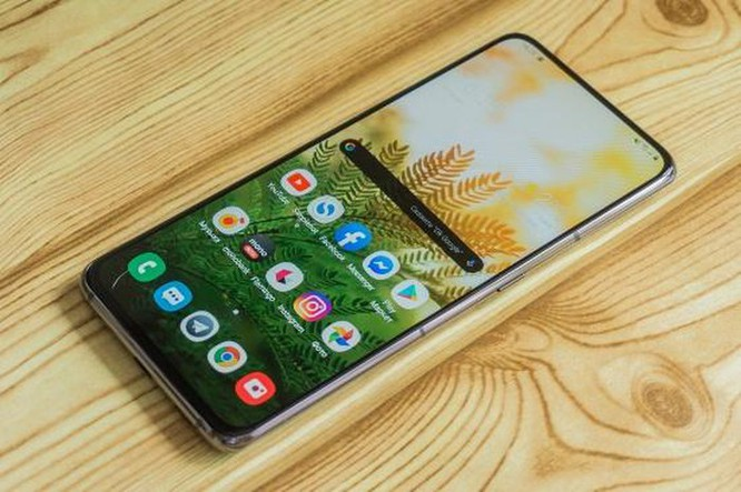 Top 5 smartphone màn hình truyền thống đáng mua nhất hiện nay ảnh 18