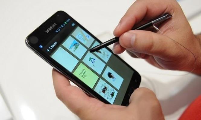 Chiếc bút nhỏ, màn hình to - sự khác biệt và 'quyền lực' Galaxy Note ảnh 1