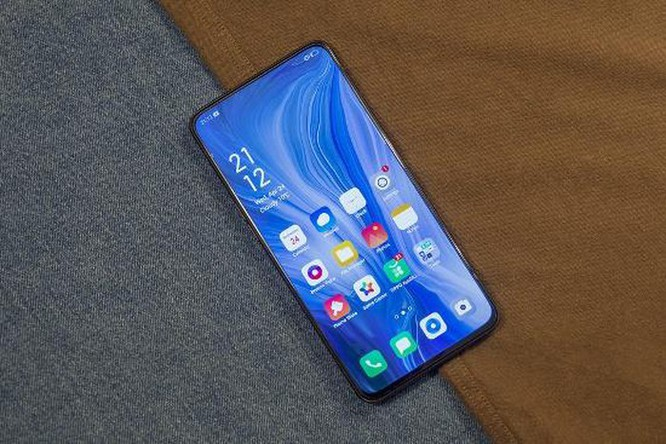 Top 5 smartphone màn hình truyền thống đáng mua nhất hiện nay ảnh 2