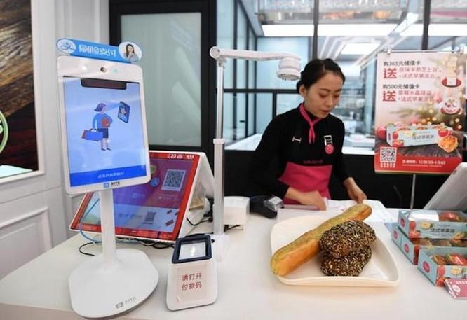 Trung Quốc: Thanh toán bằng gương mặt sẽ sớm thay thế mã QR? ảnh 1