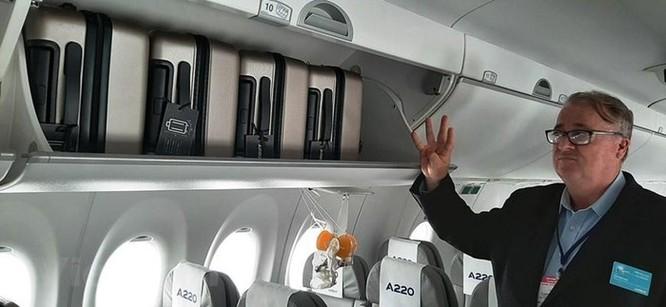 Cận cảnh Airbus 'chào hàng' máy bay A220 loại nhỏ tại Việt Nam ảnh 5