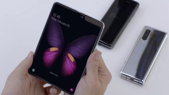 Galaxy Fold bán 'nhỏ giọt' 30.000 máy, chủ yếu cho thị trường nội địa Hàn Quốc ảnh 2