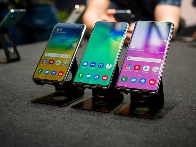 Apple và Samsung gặp khó khăn với phân khúc điện thoại cao cấp ảnh 2