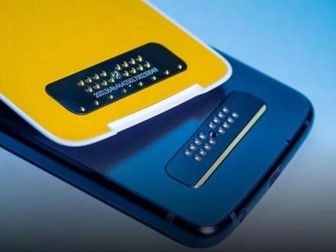 Motorola Moto Z4: Smartphone 5G rẻ nhất đáng mua? ảnh 6