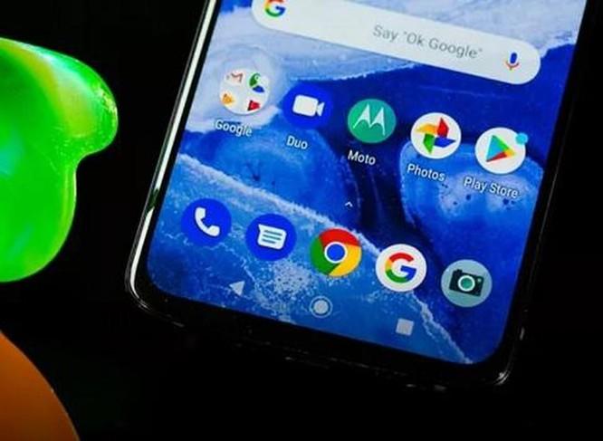 Motorola Moto Z4: Smartphone 5G rẻ nhất đáng mua? ảnh 2
