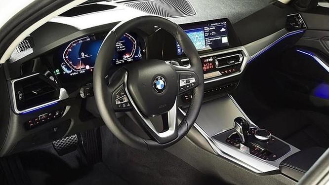 Tại sao BMW thu phí người dùng 80 USD cho Apple CarPlay? ảnh 5