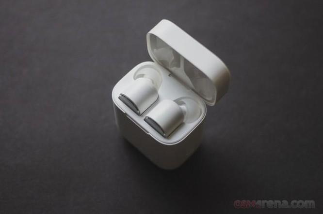 Tai nghe không dây Mi True của Xiaomi giá chỉ bằng một nửa AirPods - có đáng mua hay không? ảnh 2