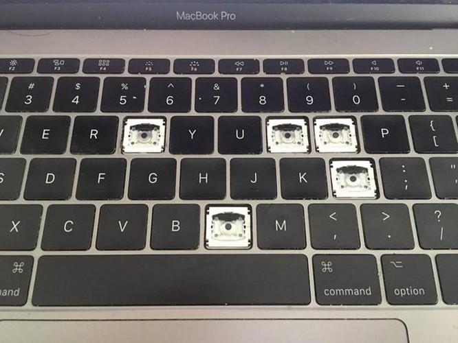 Apple đổi chính sách, dịch vụ 'bảo hành hộ' hàng xách tay nở rộ tại VN ảnh 2