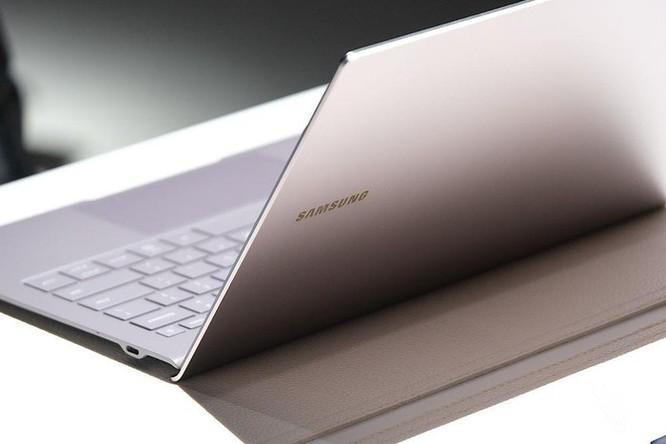 Galaxy Book S ra mắt - lai giữa smartphone và laptop, pin 23 tiếng ảnh 2