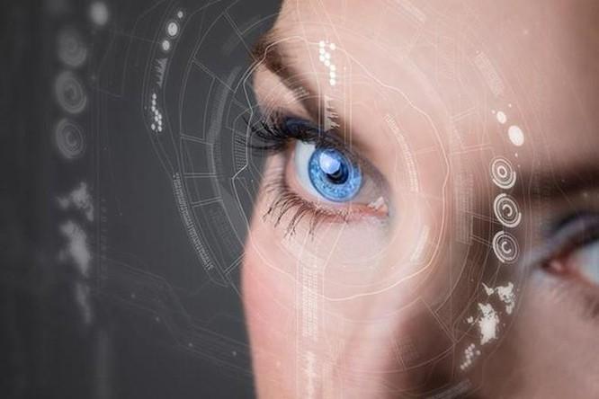 Samsung phát triển kính áp tròng có tính năng như Iron Man ảnh 1