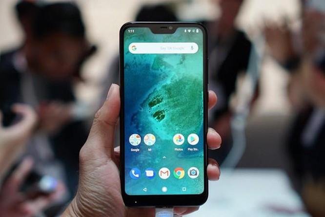 Giữa tháng 8, những smartphone này đang giảm giá tiền triệu tại VN ảnh 4
