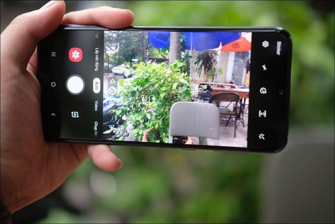 Mở hộp Samsung Galaxy M30: Nâng cấp camera và pin, giá 4,99 triệu đồng ảnh 10