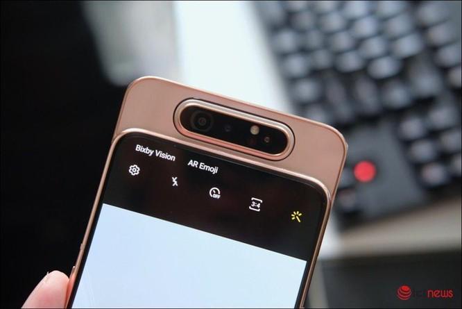 Samsung Galaxy A80: Tiên phong camera trượt xoay ảnh 8