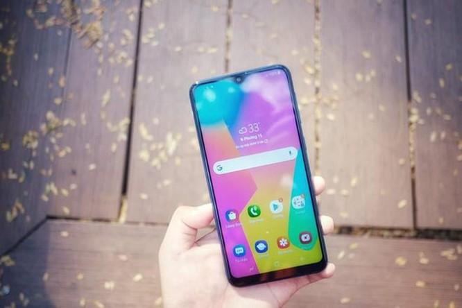 Thêm một smartphone Samsung chỉ bán online, hứa hẹn doanh số kỷ lục ảnh 1