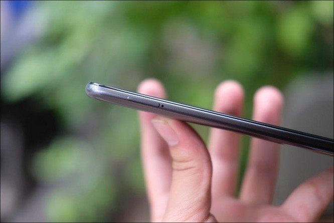Mở hộp Samsung Galaxy M30: Nâng cấp camera và pin, giá 4,99 triệu đồng ảnh 6