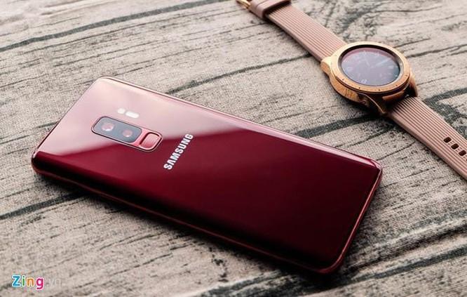 Giữa tháng 8, những smartphone này đang giảm giá tiền triệu tại VN ảnh 1