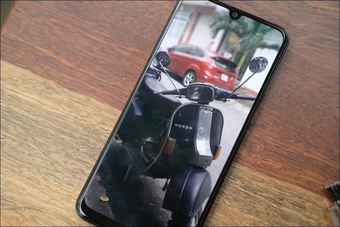 Mở hộp Samsung Galaxy M30: Nâng cấp camera và pin, giá 4,99 triệu đồng ảnh 12