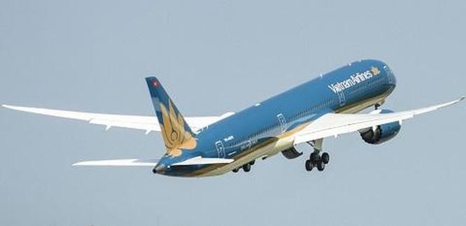 Chiếc Boeing 787-10 Dreamliner đầu tiên đã về Việt Nam ảnh 2