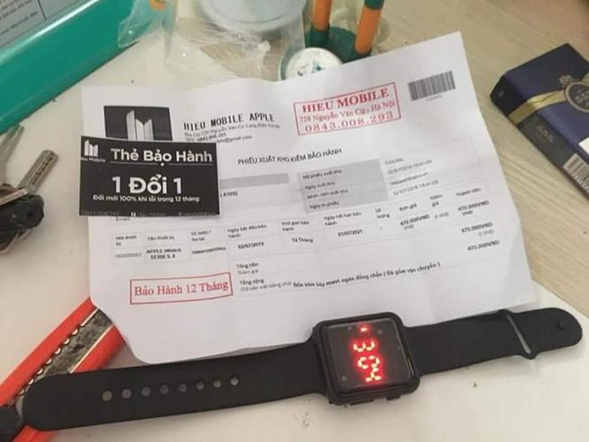 Mua iPhone XS Max 290.000 đồng trên Facebook nhận được cục gỗ tại VN ảnh 2