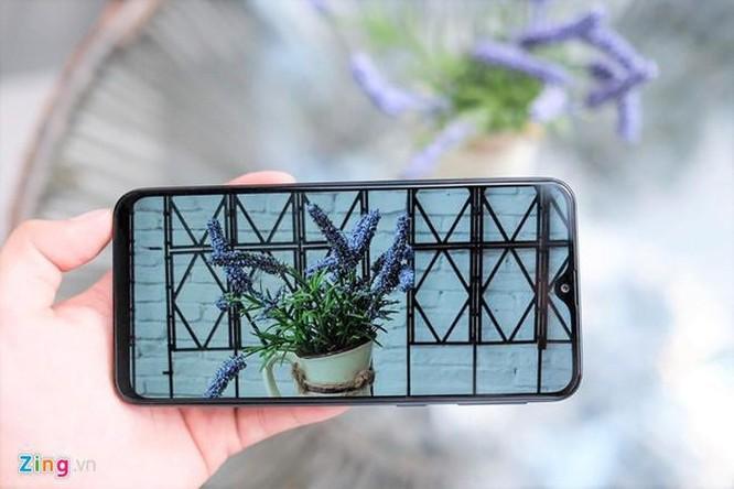 Loạt smartphone đáng chú ý giá dưới 5 triệu đồng tại VN ảnh 4