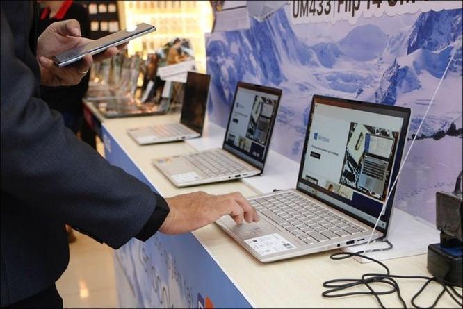 FPT Shop mở bán bộ đôi laptop Ultrabook Asus ZenBook UM433 và ZenBook Flip 14 UM462 ảnh 1