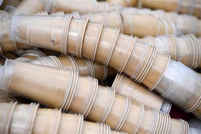 LHQ chấm dứt sử dụng sản phẩm nhựa dùng một lần tại trụ sở chính ảnh 1