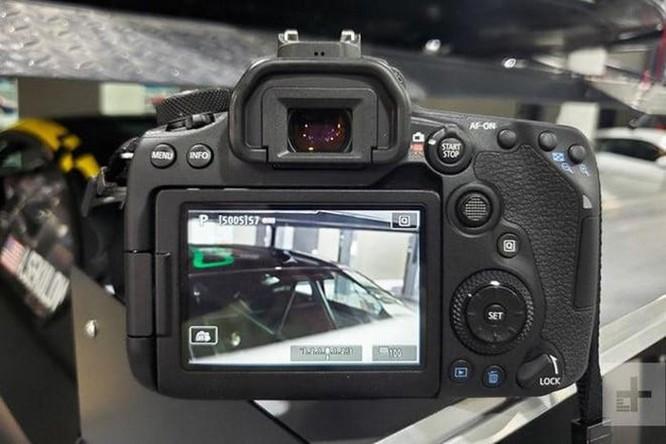 Canon ra mắt máy ảnh DSLR 90D và mirrorless M6 Mark II, nâng cảm biến ảnh 4