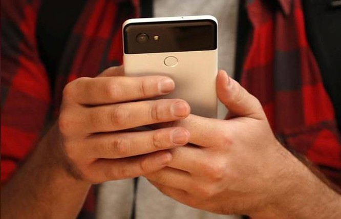 Nikkei: Google dự kiến chuyển sản xuất điện thoại Pixel sang Việt Nam ảnh 1