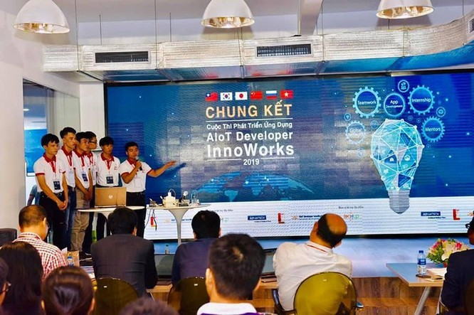 Sinh viên Bách khoa Hà Nội giành giải Nhất cuộc thi phát triển ứng dụng InnoWorks 2019 ảnh 1