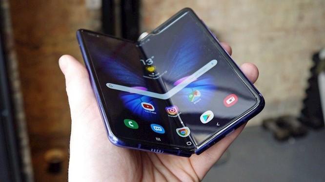 Samsung mở bán Galaxy Fold tại Hàn Quốc từ 6/9, giá 46 triệu đồng ảnh 2