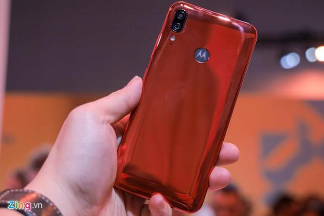 Motorola giới thiệu Moto One Zoom, cụm camera như Note10+ ảnh 7