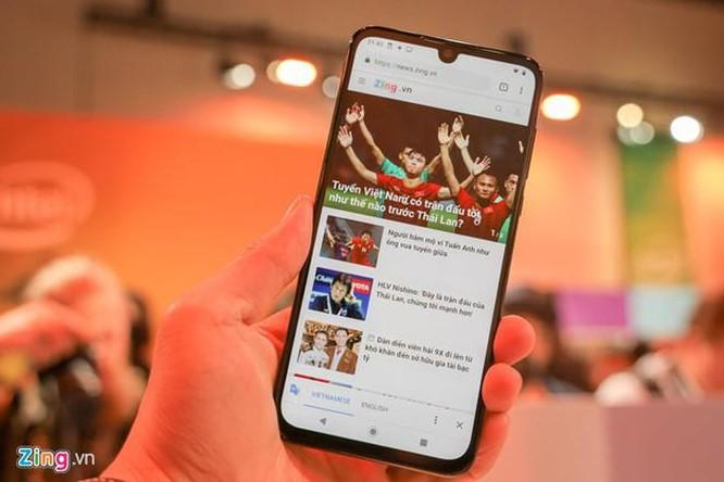 Motorola giới thiệu Moto One Zoom, cụm camera như Note10+ ảnh 4