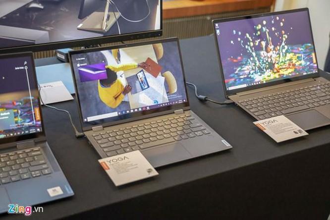 Lenovo làm mới loạt sản phẩm Yoga, học hỏi từ smartphone ảnh 2