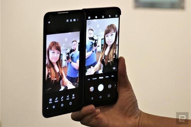 Smartphone 2 màn hình, có thể tháo rời vừa ra mắt ảnh 8