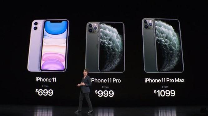Ảnh chế hài hước, chê thậm tệ kiểu dáng iPhone mới ảnh 11