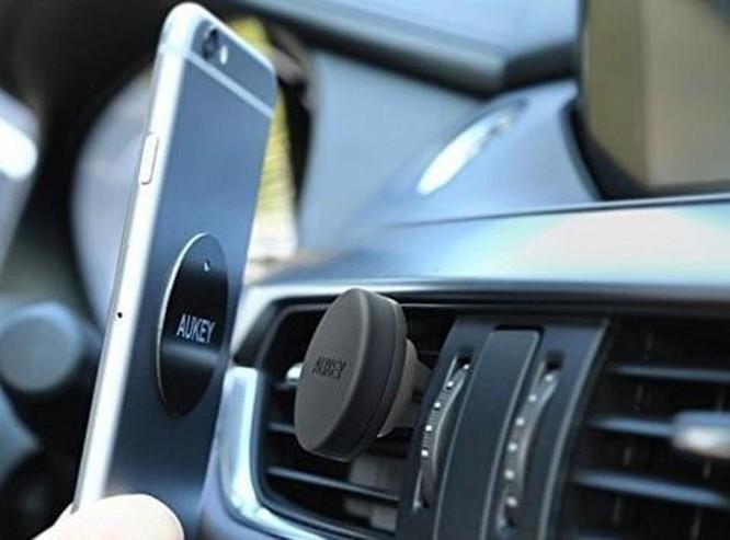 Mách bạn loạt phụ kiện giúp làm mới smartphone ảnh 7
