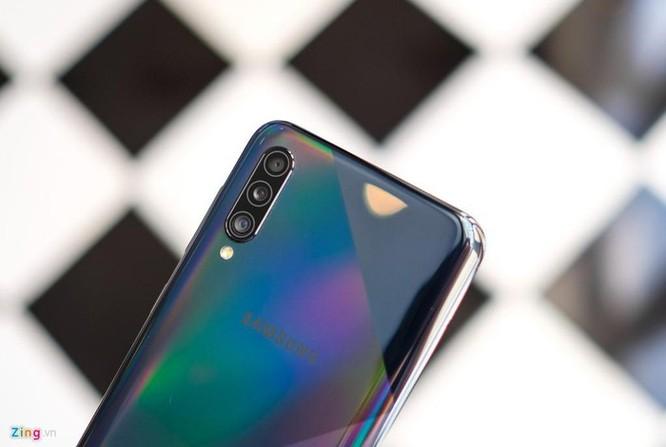 Galaxy A50s - màn lớn, camera 48 MP, mặt lưng lạ, giá 7,8 triệu ảnh 3