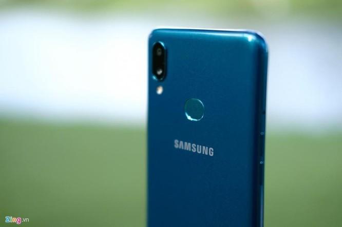 Galaxy A10s - chip mạnh, camera kép, pin 4.000 mAh, giá dưới 4 triệu ảnh 5