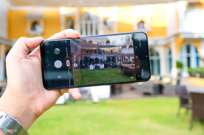 Galaxy A50s - màn lớn, camera 48 MP, mặt lưng lạ, giá 7,8 triệu ảnh 4