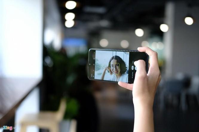 Galaxy A10s - chip mạnh, camera kép, pin 4.000 mAh, giá dưới 4 triệu ảnh 3