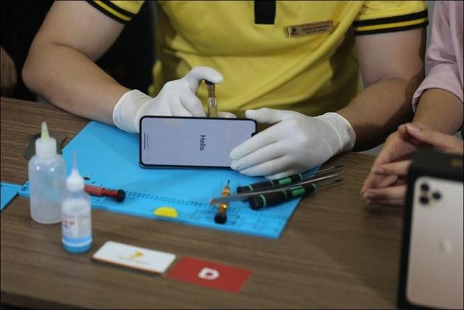 Tháo tung iPhone 11 Pro Max tại Việt Nam dù chưa mở bán ảnh 6