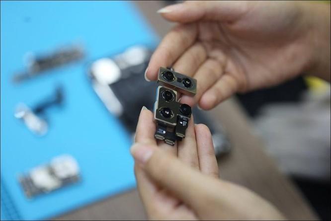 Tháo tung iPhone 11 Pro Max tại Việt Nam dù chưa mở bán ảnh 4