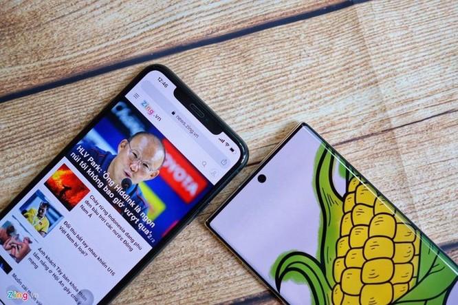 iPhone 11 Pro Max đọ dáng với Galaxy Note10+ ảnh 6