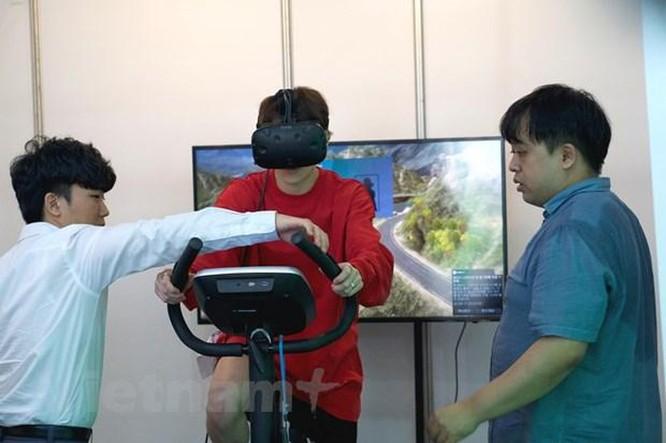 SMC 2019 giới thiệu sản phẩm công nghệ độc đáo chăm sóc người cao tuổi ảnh 3