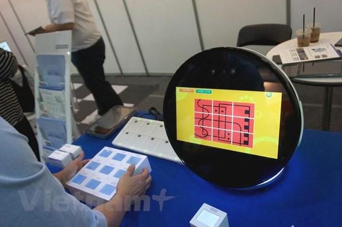 SMC 2019 giới thiệu sản phẩm công nghệ độc đáo chăm sóc người cao tuổi ảnh 2