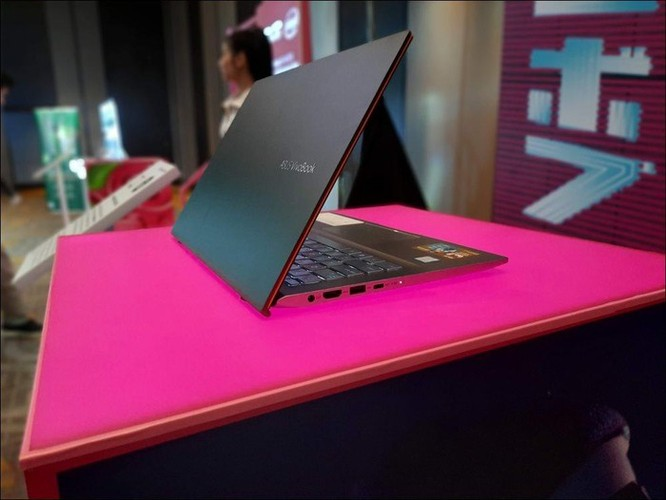 Asus giới thiệu dòng máy VivoBook S14/S15 mới, SSD 512GB, màn hình mỏng, giá từ 18,99 triệu đồng ảnh 1